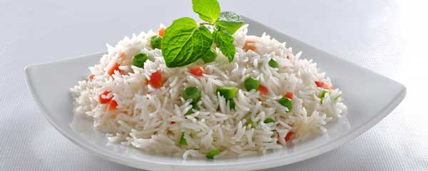 How long does cooked rice last